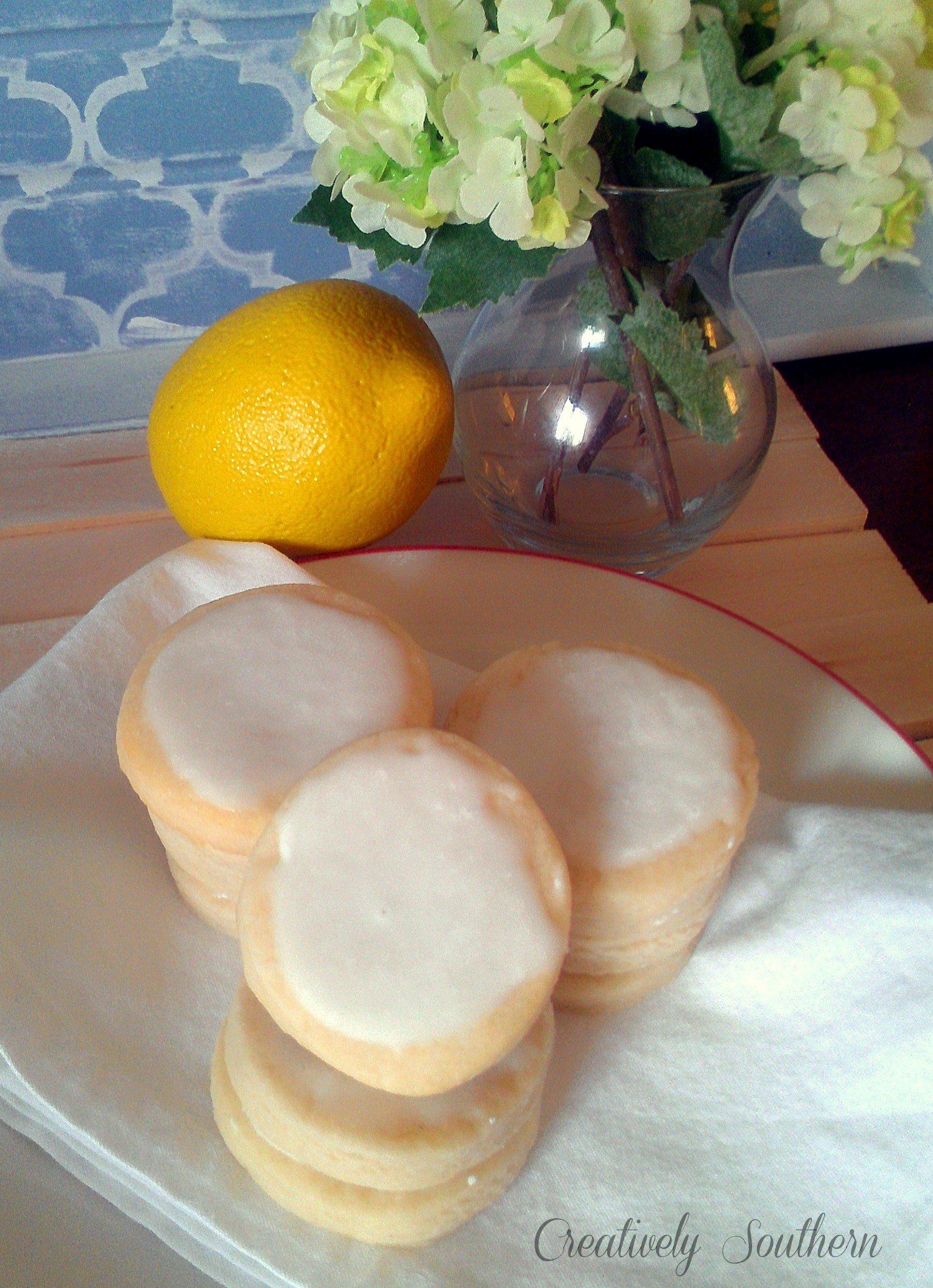 Iced Lemon Cookies (Just Like Ham 'N Goody's)