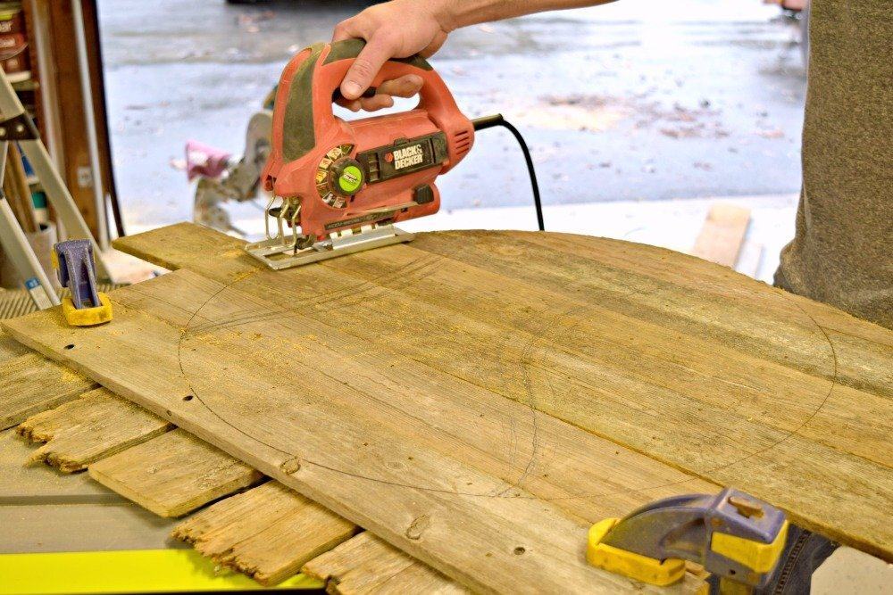 Barnwood_cutting