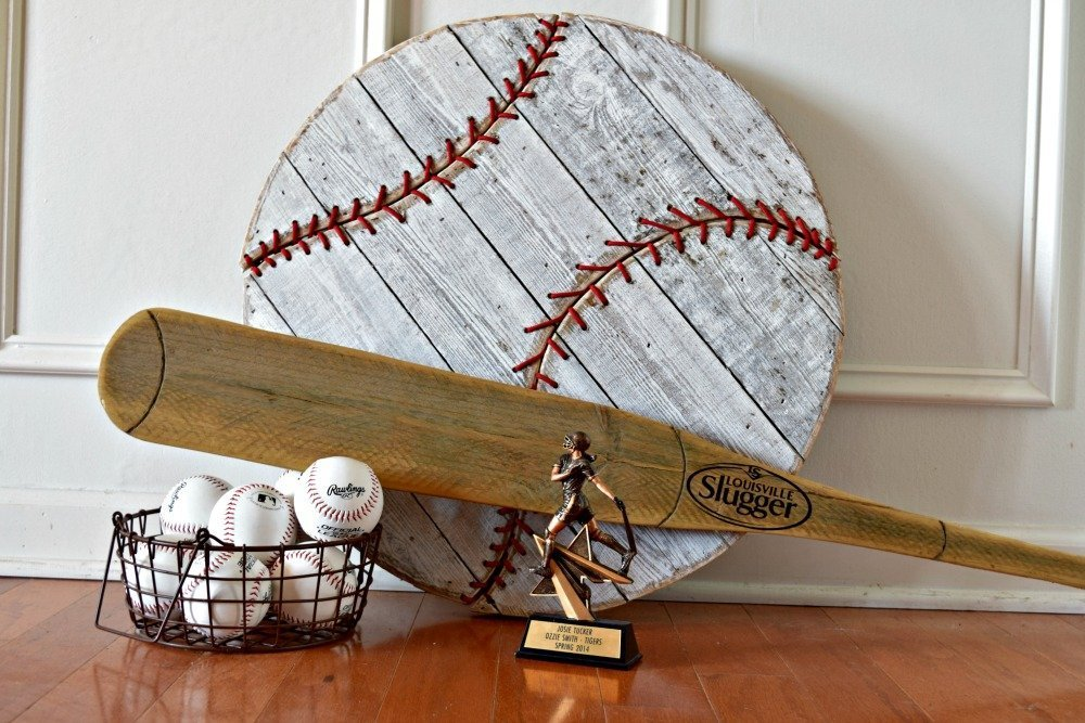 Baseball_decorating