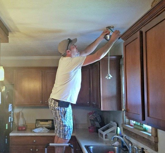 how-to-hang-light-fixture