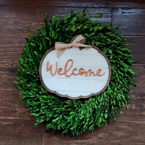 fall shiplap pumpkin welcome sign